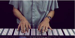 De Dodeka is een ideaal muziekinstrument voor beginners. Wat dat betreft is het de prijs zeker waard. In enkele lessen krijg je het spelen van het keyboard onder de knie. Het bedrijf Dodeka is razend enthousiast, en meent dat je zelfs 20 keer sneller dan normaal keyboard leert spelen.